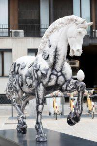 Leonardo Horse Project 02-cavalli in città