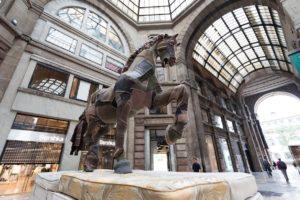 Leonardo Horse Project 04-cavalli in città